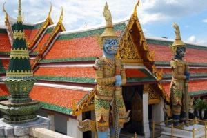 Besuch des Smaragd-Buddha-Tempels (Wat Phra Kaew)