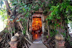 Besuchen Sie Wat Bang Kung