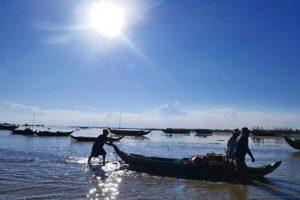 Schwimmende Dorftour auf Tonle Sap
