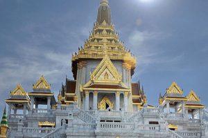 Wat Trimitr Bangkok